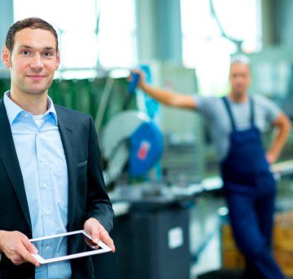 Jak rozwijać kompetencje specjalistów - by mieć zakład pełen inżynierów 4.0? Czy szkolenia zawodowe wystarczą?