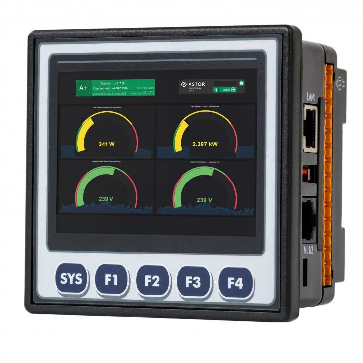 """Sterownik PLC z HMI XL4e - 3.5"""", 12 DI (12/24 VDC), 12 DO (24 VDC), 6 AI (0-10V, 0-20mA, TC, RTD), 4 AO (0-10V, 0-20mA); zasilanie 9-30VDC"""