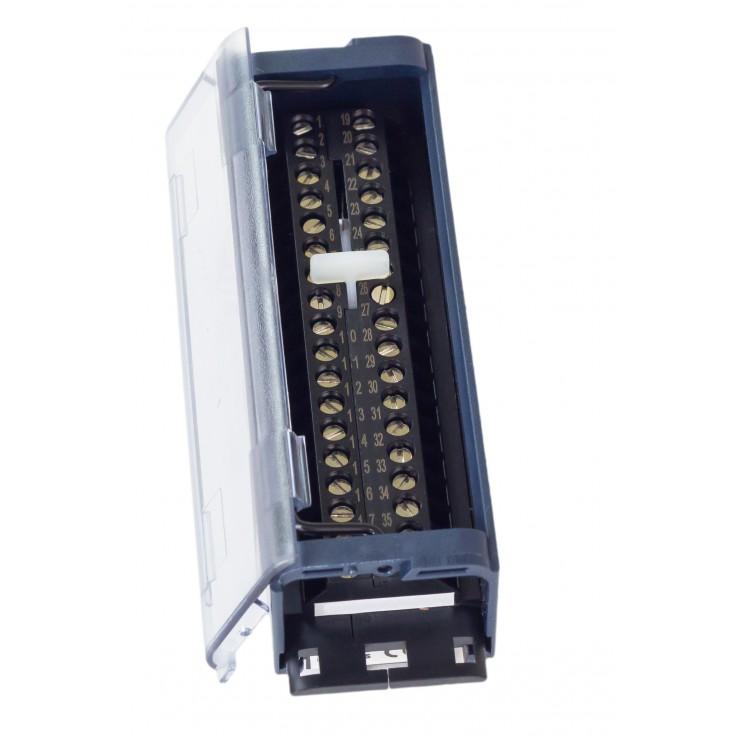RX3i - Terminal przyłączeniowy ze złączami śrubowymi