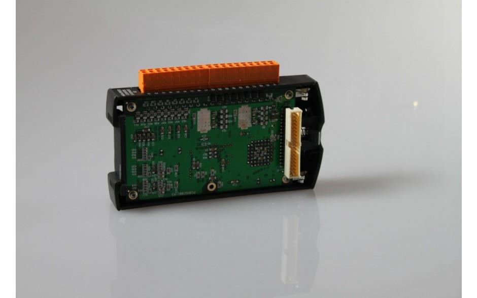 Wyprzedaż - SmartStack; 8 wej. dyskr. (12/24VDC); 8 wyj. dyskr. 5/12/24VDC; 0.5A; log. dodat.; ESCP; 4 wej. anal. (0-20mA; 4-20mA); 2 wyj. anal. (4-20ma) 2