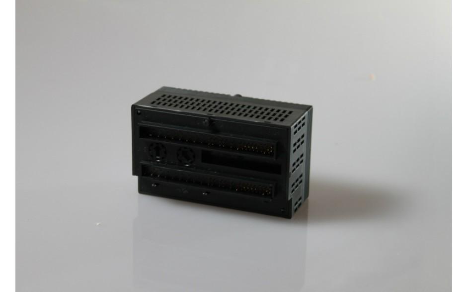 Wyprzedaż - VersaMax - 16 wej. dyskretnych 24 VDC (logika dodatnia/ujemna) / 8 wyj. przekaźnikowych 2 A 2
