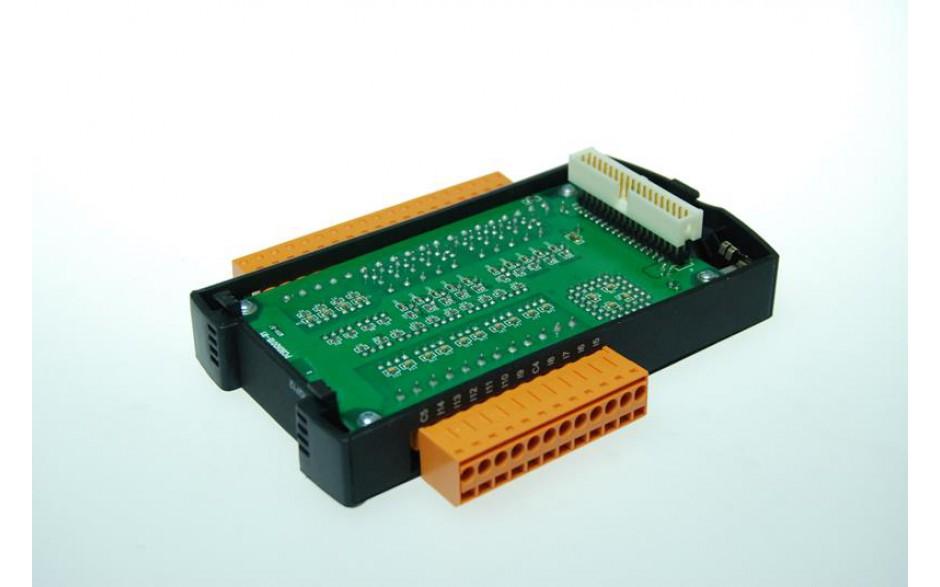 SmartStack; 4 wej. do pomiaru temperatury czujnikami oporowymi (Pt-100; Pt-200; Pt-500; Pt-1000)