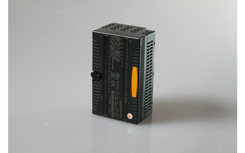 Wyprzedaż - VersaMax - 16 wej. dyskretnych 24 VDC (logika dodatnia/ujemna) / 8 wyj. przekaźnikowych 2 A 3