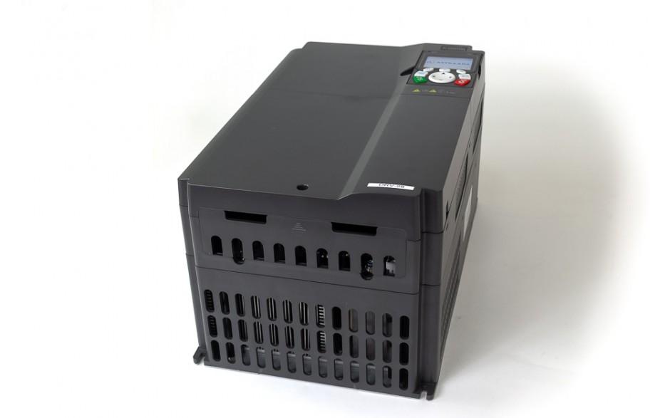 Falownik do silnika 30 kW wektorowy, STO, filtr EMC, panel LCD 4