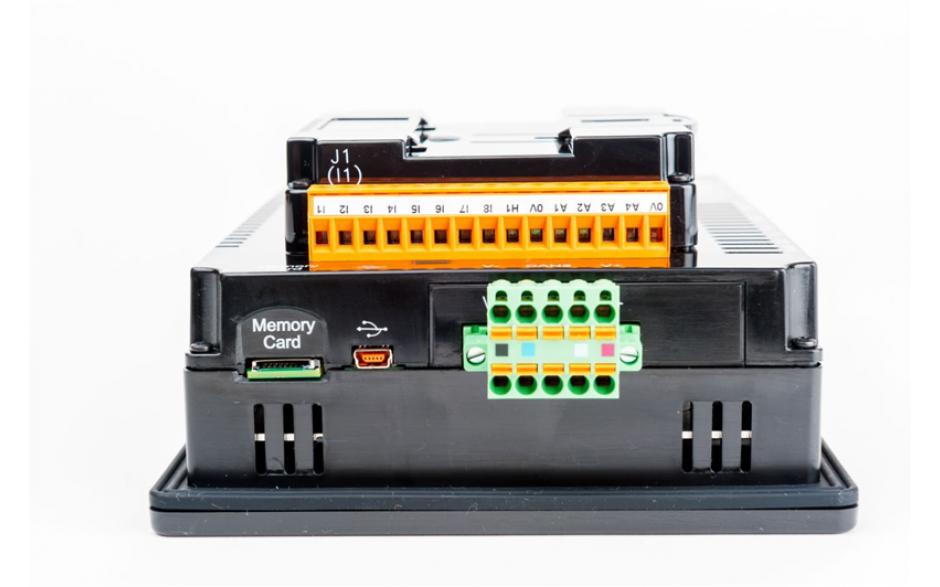 "Sterownik PLC z HMI XL7e - 7"", 12 DI (24 VDC), 12 DO (24 VDC), 2 AI (0-10V, 0-20mA); zasilanie 9-30VDC 3"