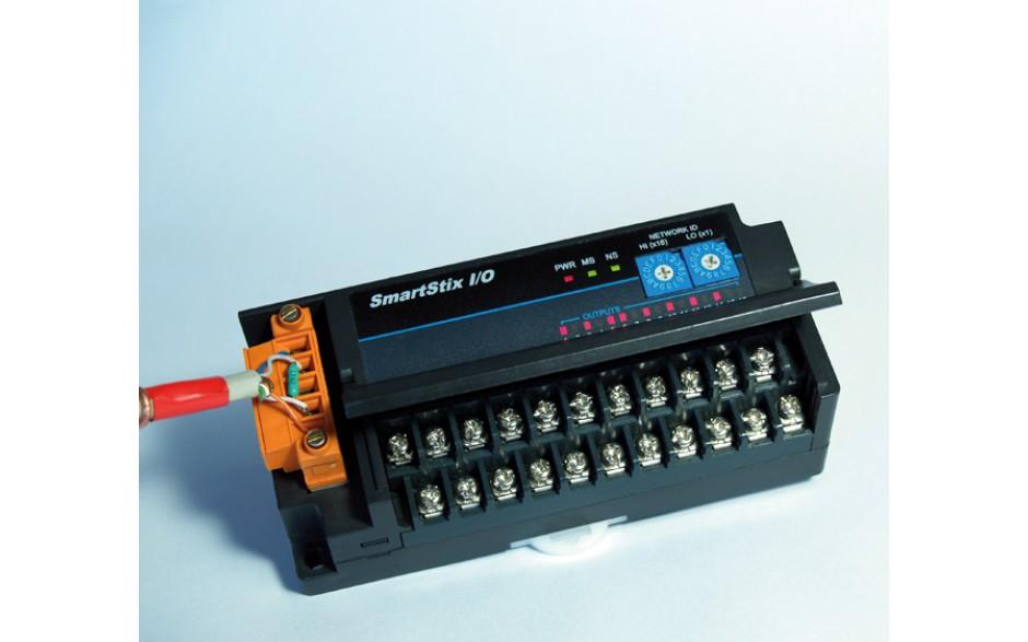 SmartStix; 8 wejść analogowych (+/- 10V, 4-20mA); 4 wyjścia analogowe (+/- 10V, 4-20mA); CsCAN 5