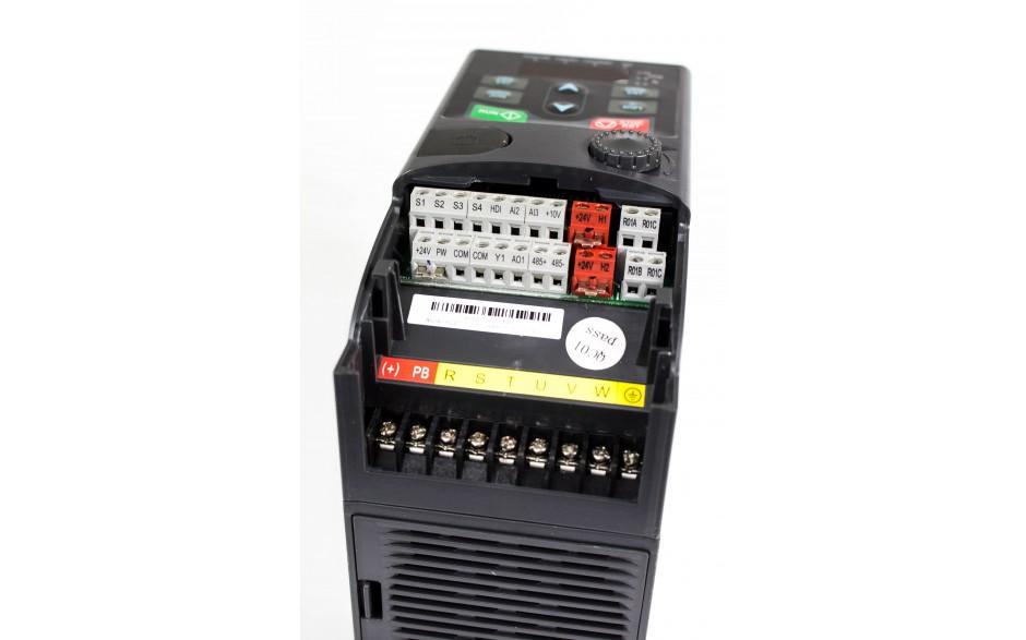 Falownik 1.5 kW jednofazowy wektorowy, STO 6