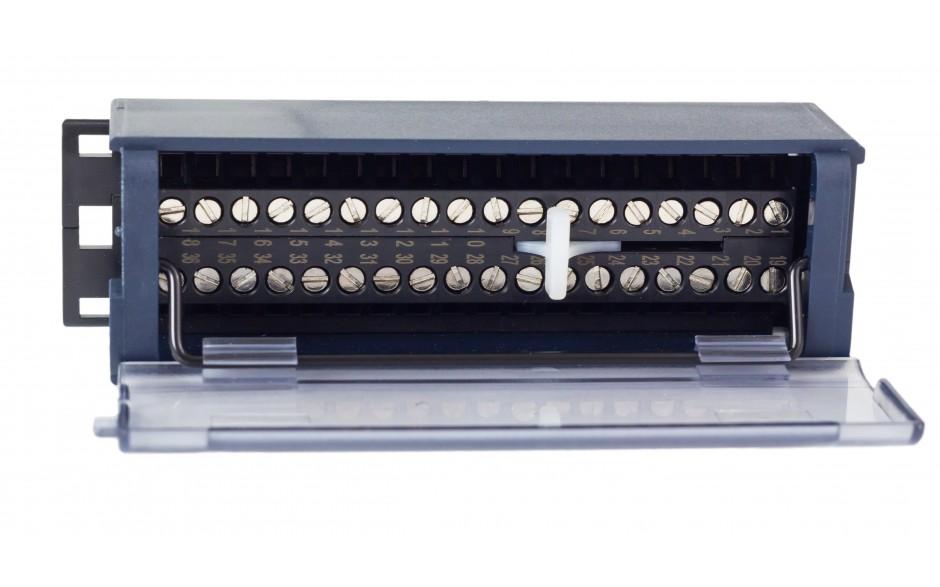 RX3i - Terminal przyłączeniowy ze złączami śrubowymi 5