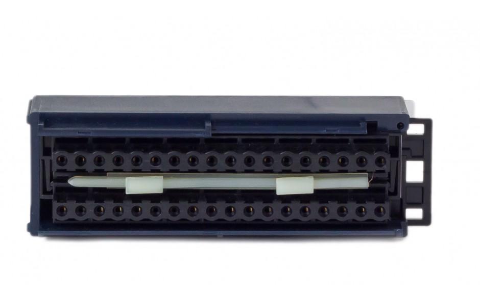 RX3i - Terminal przyłączeniowy ze złączami sprężynowymi 2