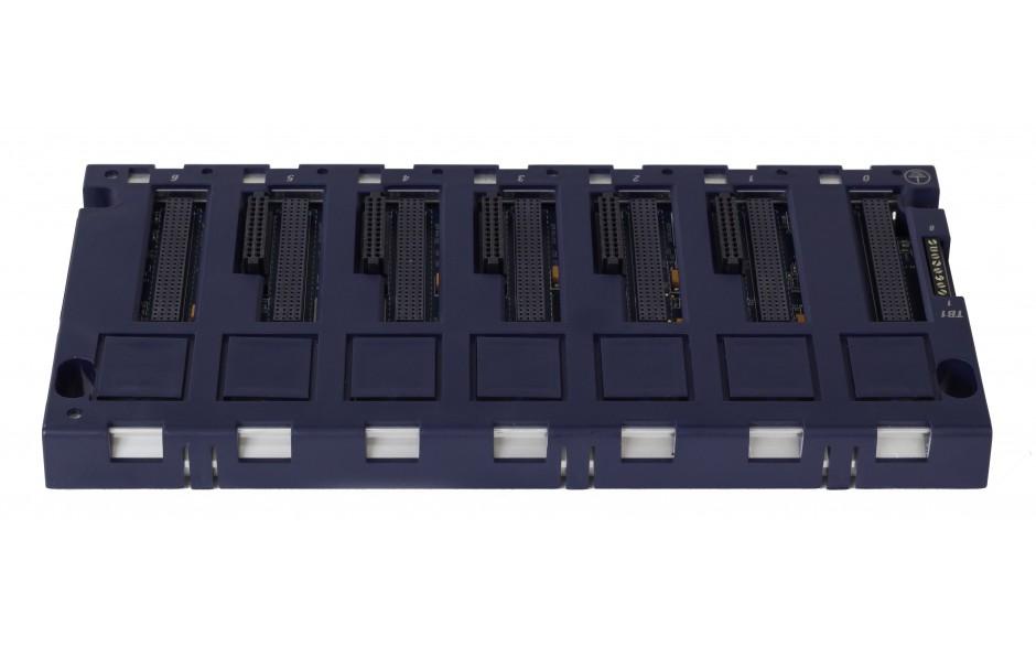 RX3i - Kaseta bazowa kontrolera RX3i; 7 gniazd 4