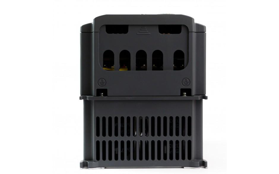 Falownik trójfazowy wektorowy 2.2 kW, filtr EMC, funkcje wentylatorowo-pompowe 4