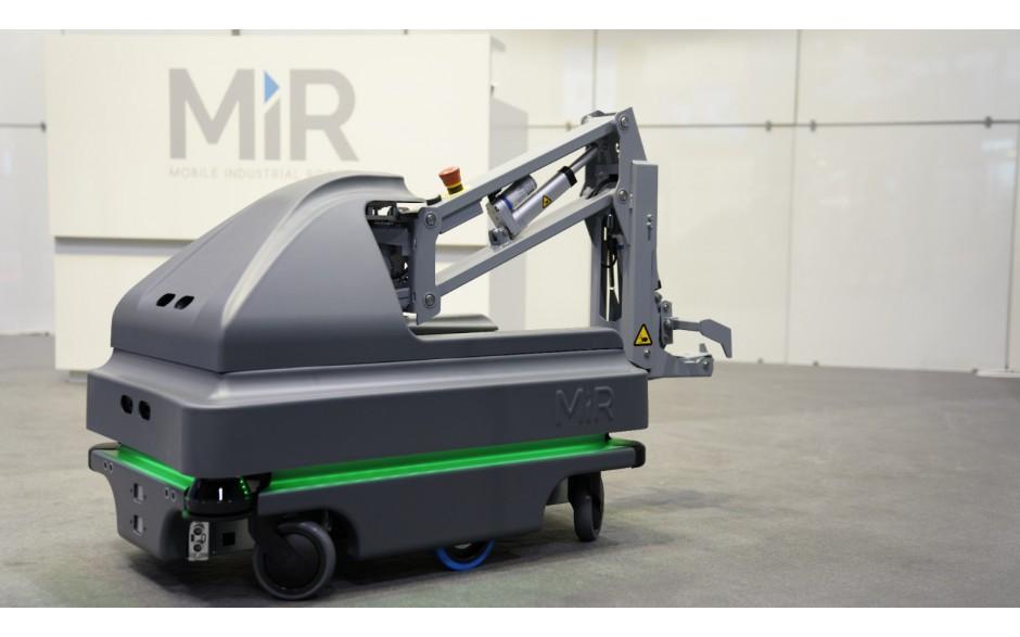 MiRHook 200 - moduł rozszerzający możliwości transportowe o holowanie wózków o wadze do 500 kg 2