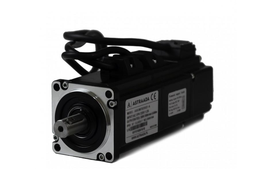 Serwosilnik o mocy 0.2kW (0.64Nm), zasilanie 230V, enkoder absolutny, prędkość znam. 3000rpm, wym. kołnierza 60mm